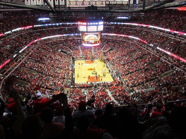 chicago-bulls-court